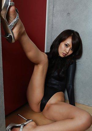 Asian High Heels Photos