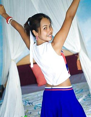 Cheerleader Photos