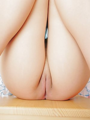 Asian Shaved Pussy Photos