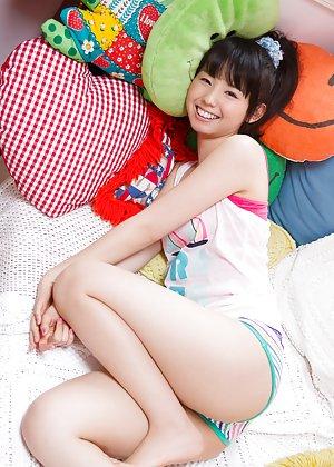 Sexy Asian Legs Photos