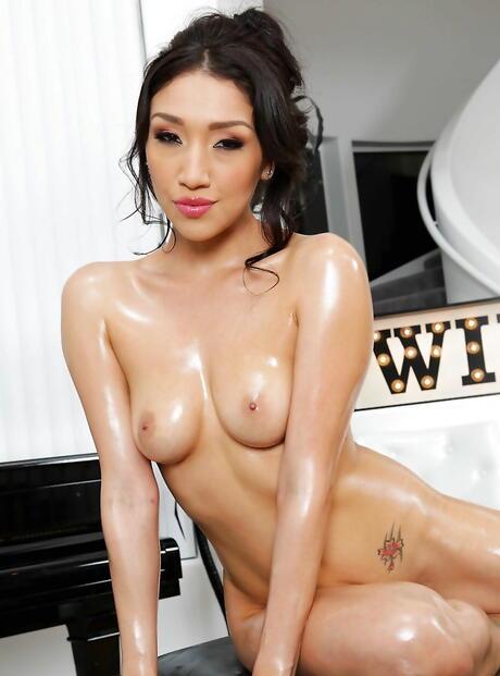 Pornstar Tits Photos